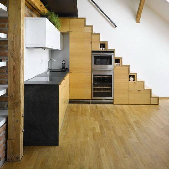 9 Kreasi Desain Dapur Bawah Tangga Yang Hemat Ruangan Interinoz