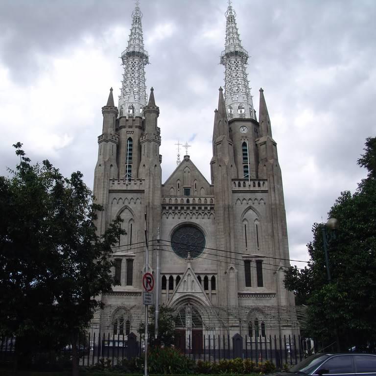 Arsiterktur Gereja Katedral Jakarta