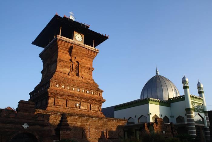 Arsitektur Masjid Menara Kudus
