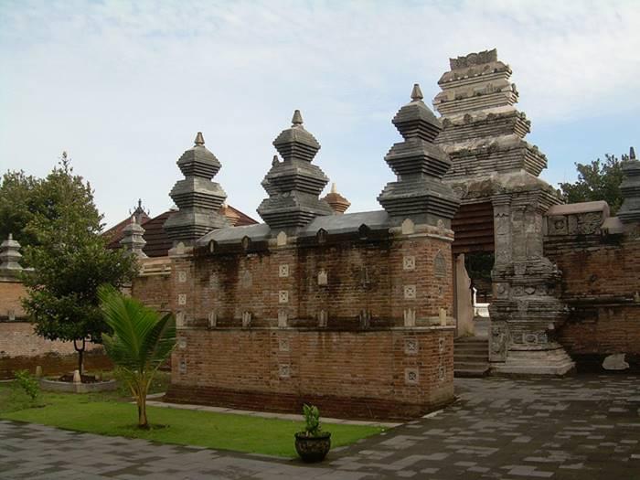Arsitektur Masjid Matara Kota Gede Jogjakarta