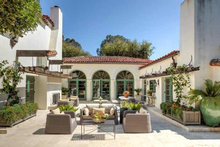 Montecito Estate - Rumah dengan Gaya Mediterania