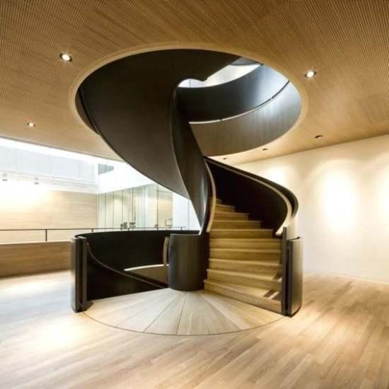 Desain tangga putar modern / tangga spiral
