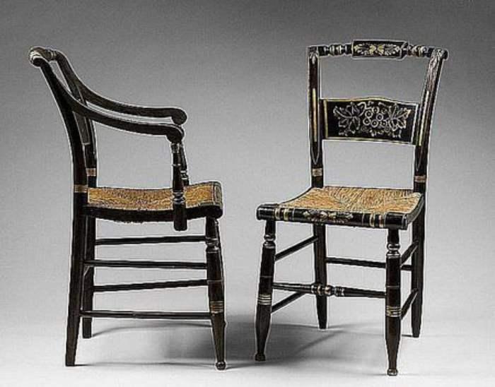 Kursi Antik Hitchcock Chair