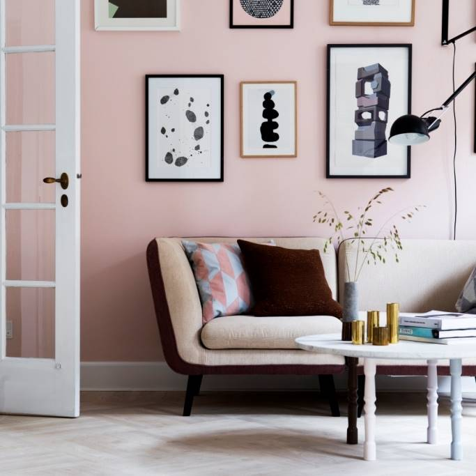 Interior Black Pink